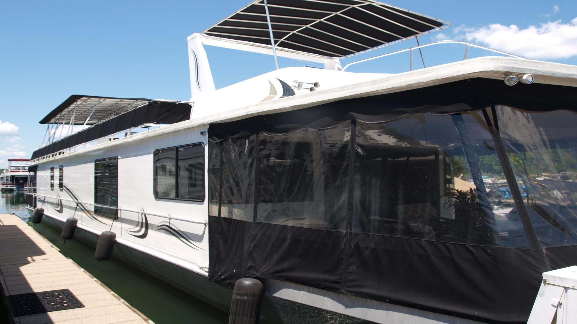 1990/2016 Stardust 16′ x 78′ Widebody | Houseboats Buy Terry
